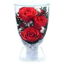 Композиция из красных роз в вазе