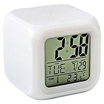 Часы «Куб» с термометром и меняющей цвет подсветкой