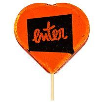 Леденец на палочке в форме сердечка