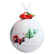 Елочный шар с фигуркой «Лесная избушка»