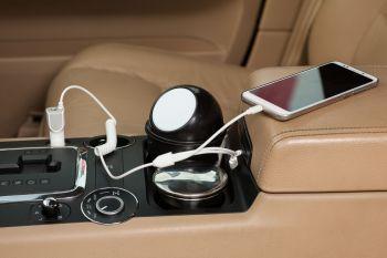 Автомобильное зарядное устройство «High Ride», пример использования