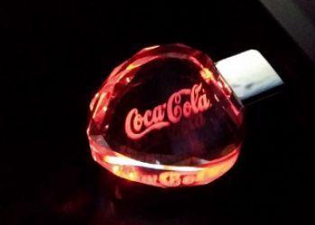 Флеш-накопитель Сердце, под гравировку 3D логотипа, под гравировку 3D логотипа, красный