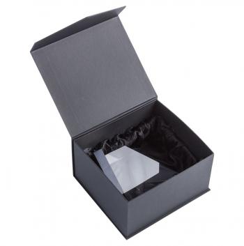 Стела «Несокрушимость», в коробке
