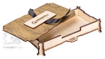 Подарочная шкатулка откидная с лентой, открытая