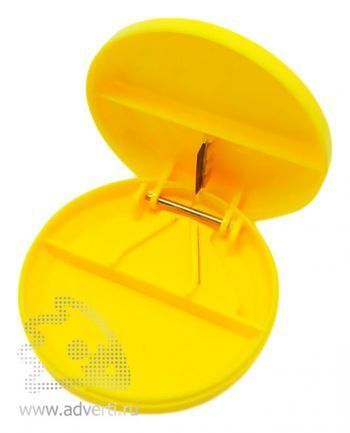 Таблетница с разрезателем таблетки, желтая