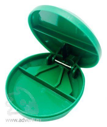 Таблетница с разрезателем таблетки, зеленая