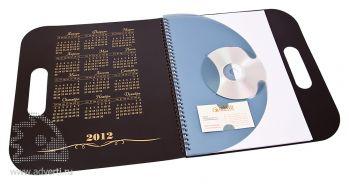 Блокнот-календарь на пружине с вырубной ручкой, с держателем под визитку и CD, открытый
