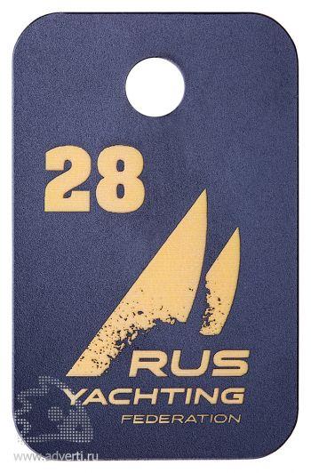 Номерки для гардероба из двухслойного пластика, основа - золотистый, гравировка - синий, глянцевые