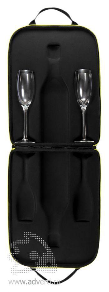 Кейс «Flute» для шампанского и двух бокалов, раскрытый