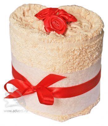 Полотенце-фигурка «Торт с розочкой»