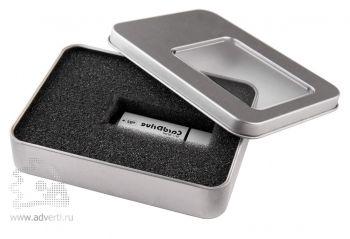 Коробка с прозрачным окошком для флешки, серебристая