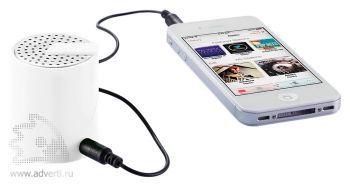 Портативная аудио-колонка для телефона, взаимодействие с телефоном
