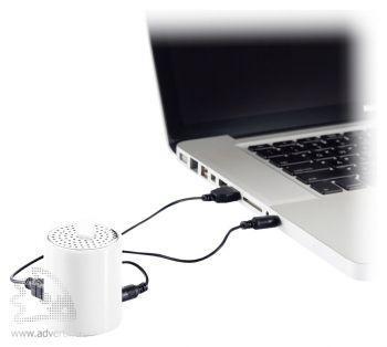 Портативная аудио-колонка для телефона, взаимодействие с ноутбуком
