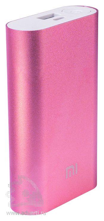 Универсальное зарядное устройство «Five Metal Colors» на 10400 mah, розовое